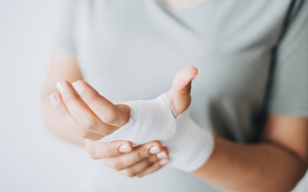 What to Do If You Suffer a Serious Injury at Someone's Home